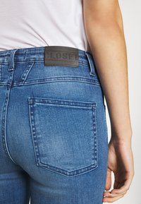 CLOSED - PUSHER - Jeans Skinny Fit - mid blue - 6