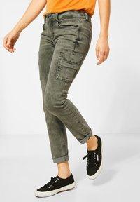 Street One - COLOUR-DENIM IM STYLE - Slim fit jeans - grün - 1