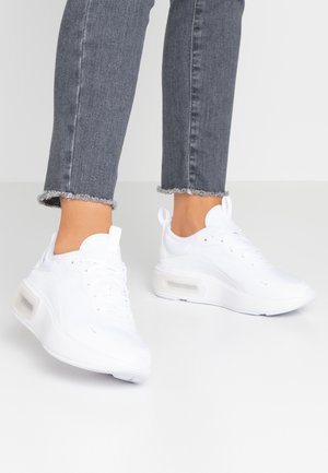 AIR MAX DIA - Sneakers - white/metalic platinum