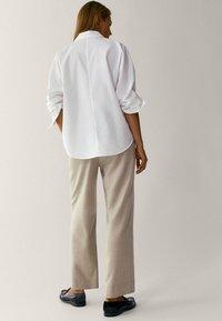 Massimo Dutti - Pantalon classique - beige - 5