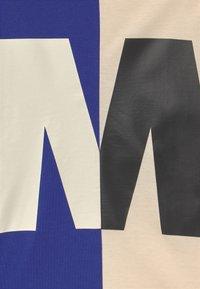 Marni - MAGLIETTA UNISEX - Print T-shirt - blue - 2
