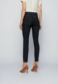BOSS - CROP 2.0 - Jeans Skinny Fit - dark blue - 2