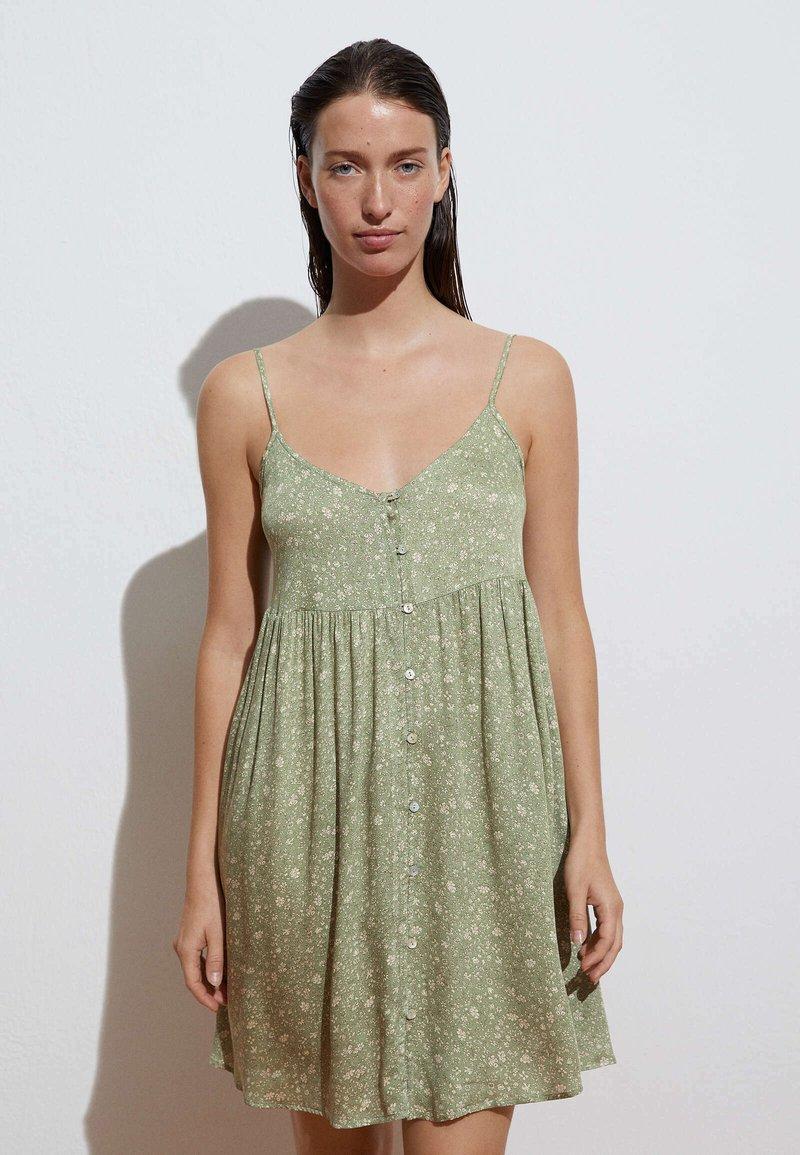OYSHO - Day dress - light green