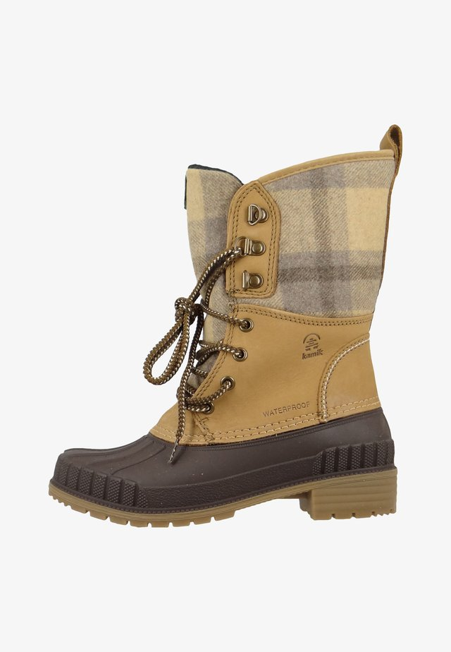 Winter boots - tan plaid