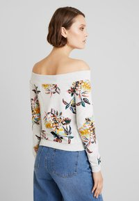 ONLY - ONLBIRDY OFF SHOULDER  - Sweater - oatmeal - 2