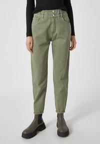 PULL&BEAR - Relaxed fit jeans - mottled dark green - 0