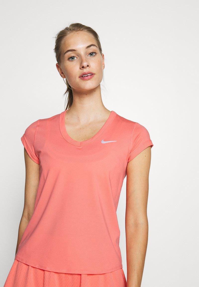 Nike Performance - DRY  - Jednoduché triko - sunblush/white