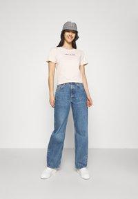 Tommy Jeans - Print T-shirt - sugarcane - 1