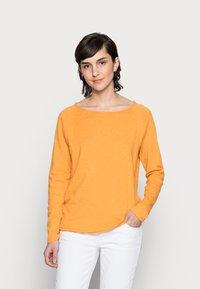 Rich & Royal - Long sleeved top - golden orange - 0