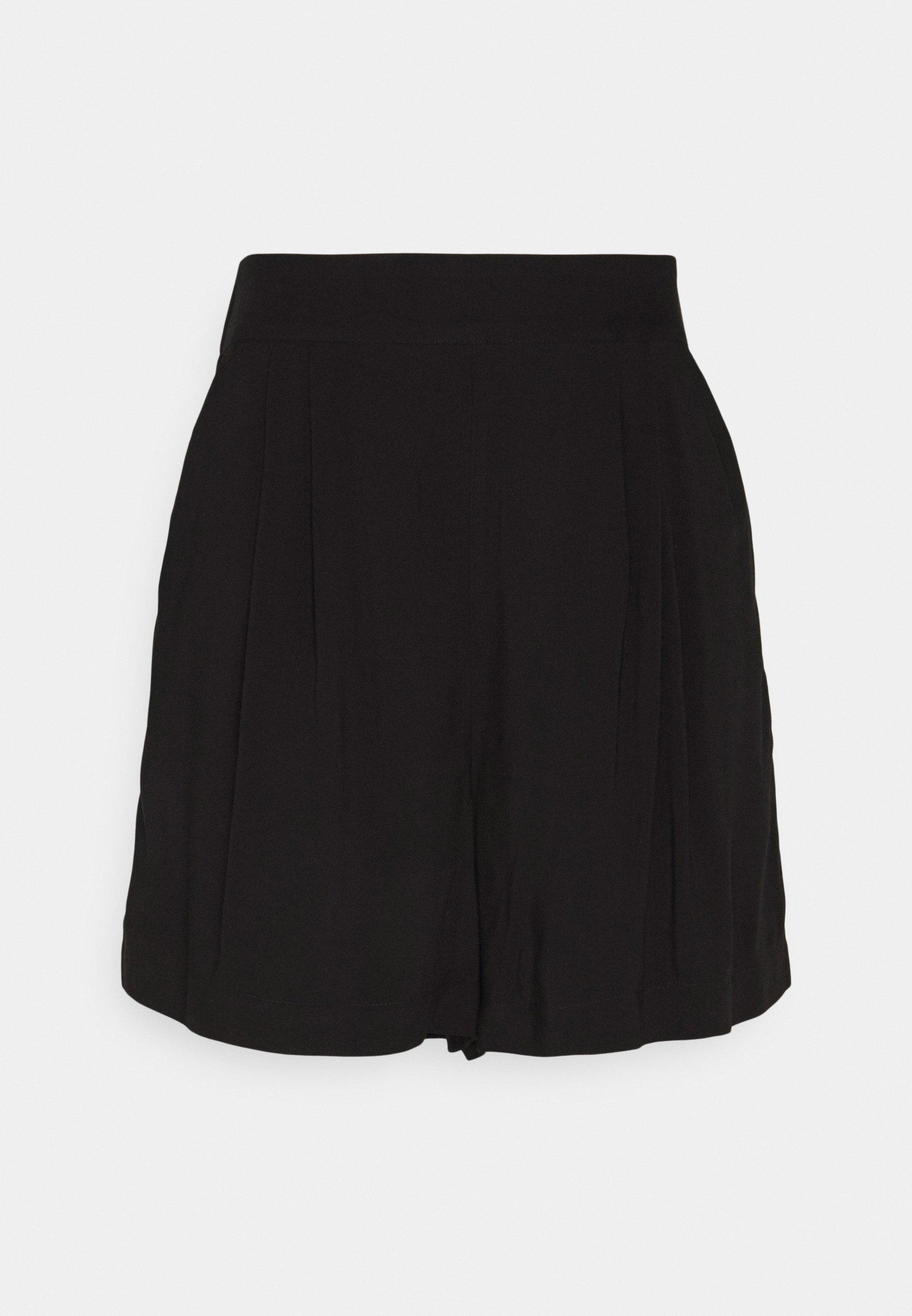 Women FARAH - Shorts