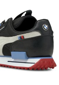 Puma - Trainers - p black-p white-highrisk red - 7
