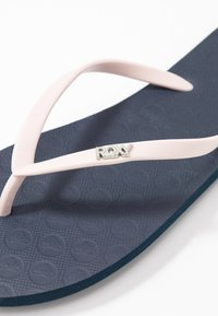 Roxy - VIVA TONE  - Pool shoes - navy - 2