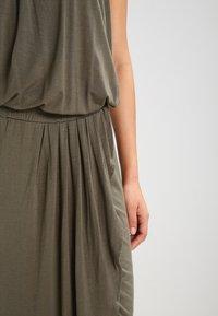 Urban Classics - Maxi dress - olive - 5