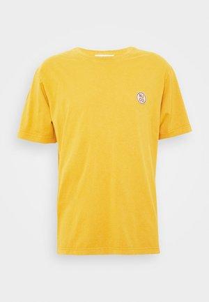UNO - Basic T-shirt - amber