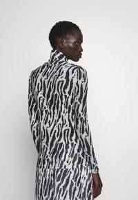 Bruuns Bazaar - THORA ASTRA ROLL NECK - Long sleeved top - black - 2