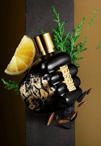 Diesel Fragrance - SPIRIT OF THE BRAVE EAU DE TOILETTE VAPO - Eau de Toilette - - - 8
