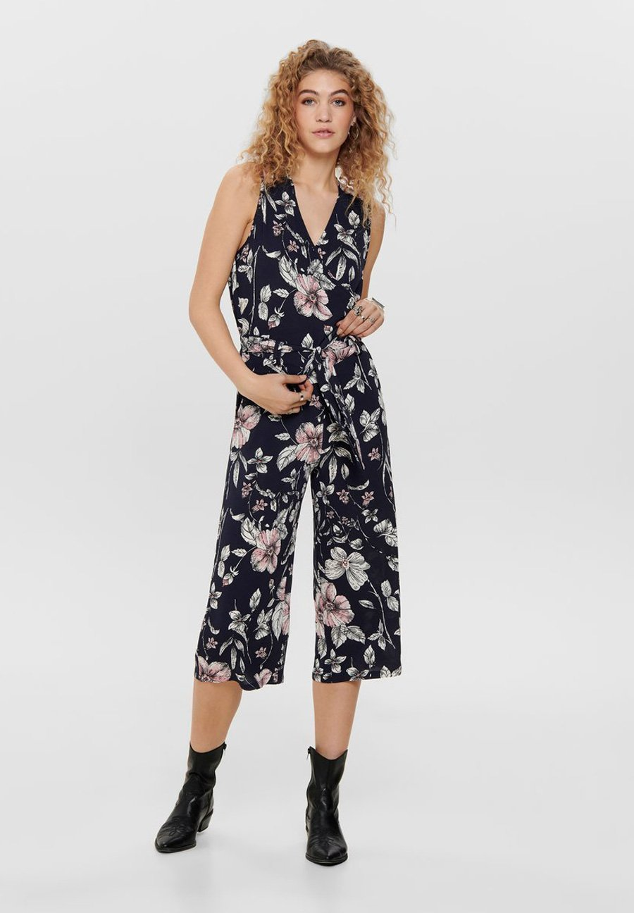 ONLY Damen Onlnova Lux S//L Jumpsuit AOP WVN Klassische Shorts