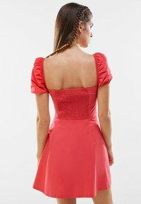 Bershka - Day dress - neon pink - 2