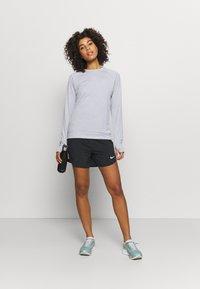 Nike Performance - PACER CREW - Sports shirt - smoke grey - 1