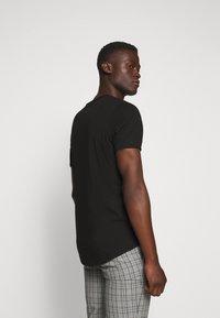 JOOP! Jeans - CLIFF - Camiseta básica - black - 2