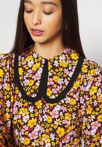 Topshop - COLLAR FLORAL MINI DRESS - Day dress - multicolor - 3