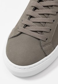 GARMENT PROJECT - TYPE MID SLIM SOLE - Korkeavartiset tennarit - grey - 2