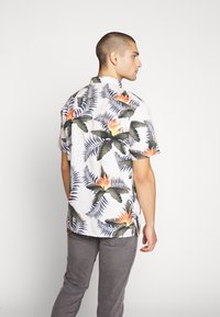 Quiksilver - POOLSIDERSS - Shirt - snow white - 2
