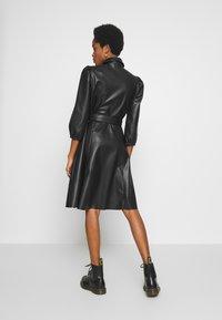 Vila - VIDARAS 3/4 DRESS - Košilové šaty - black - 2