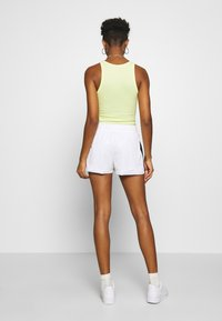 Nike Sportswear - Shorts - white/black - 2