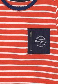 Pepe Jeans - DANIEL - Print T-shirt - mars red - 2
