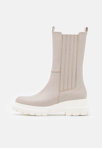 Platform boots - latte macchiato