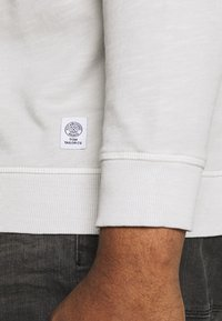 TOM TAILOR MEN PLUS - Sweatshirt - silver grey - 5