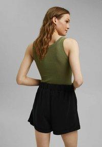 Esprit - Shorts - black - 2