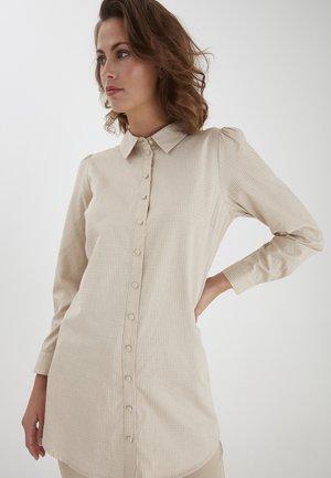 Button-down blouse - oxford tan mix