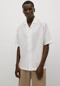 Mango - BOWLING - Skjorta - white - 0