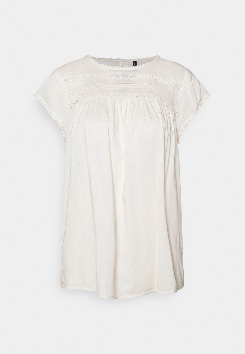 Vero Moda - VMDEBBIE PLEAT - Print T-shirt - snow white