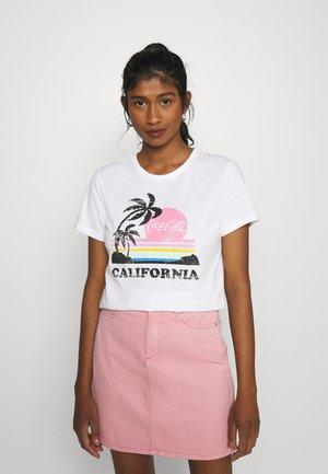 ONLCOCA COLA LIFE RETRO  - T-shirt print - bright white