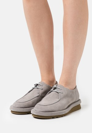 IGUAPE - Lace-ups - grey