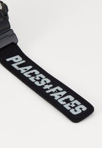 G-SHOCK - X PLACES FACES - Digital watch - black - 3