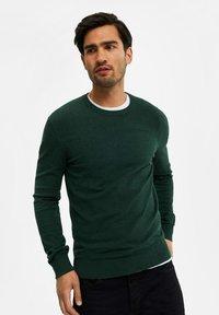 WE Fashion - Neule - moss green - 4