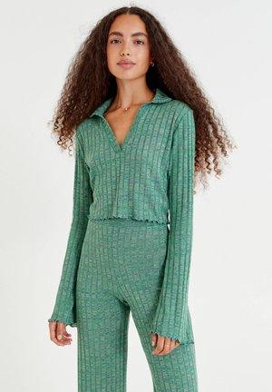 RIPPENSTRICKSHIRT MIT  - Langærmede T-shirts - green