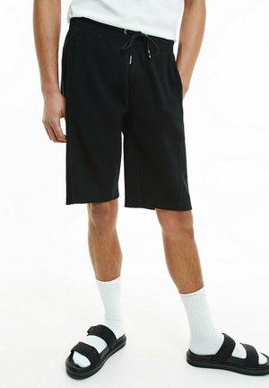 Shorts - ck black