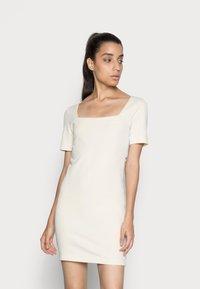 Calvin Klein Jeans - SQUARE NECK DRESS - Jersey dress - muslin - 0