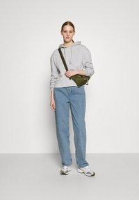 BDG Urban Outfitters - MODERN BOYFRIEND - Relaxed fit jeans - bleach - 1