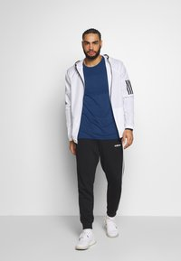 Jack & Jones - JCOZLS SEAMLESS TEE - Langarmshirt - sky captain - 1