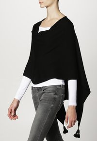 comma - PONCHO - Cape - black - 2