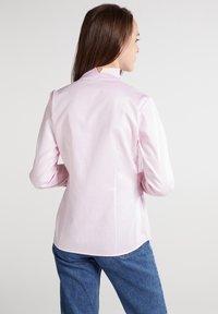 Eterna - MODERN CLASSIC REGULAR FIT - Button-down blouse - rosa - 1