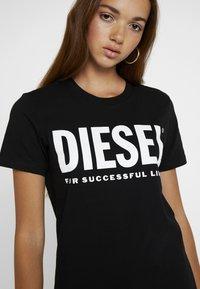 Diesel - T-SILY-WX MAGLIETTA - Print T-shirt - black - 4