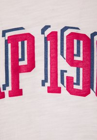 GAP - LOGO FASH TEE - Print T-shirt - cherry blossom - 2