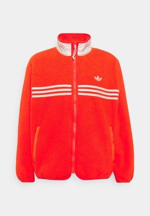 ZIP THRU - Fleece jacket - active orange